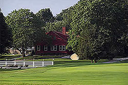 Old Red Farm Inn